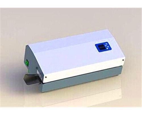 آلة الختم KMN100L